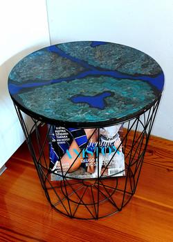 "Lekki, nowoczesny stolik. Blat stolika z akrylowym obrazem 34,5cm pt. ""Kanion"" (2020)"