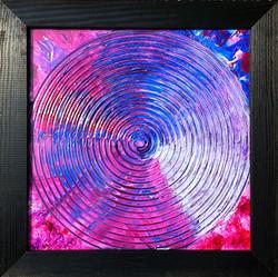 """Obraz akryl 36cm x 36cm pt. """"Interferencja"""" (2020) w pięknej czarnej drewnianej ramie."""