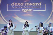 Penampilan The Scientist 2.0 di acara Penghargaan Dexa Award Science Scholarship 2019