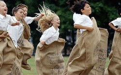 coffee-sack-races-1