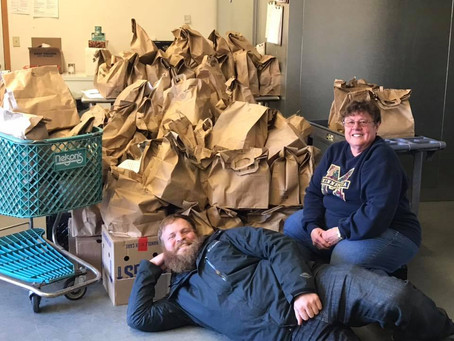 WCMP Listeners Help Local Food Shelf
