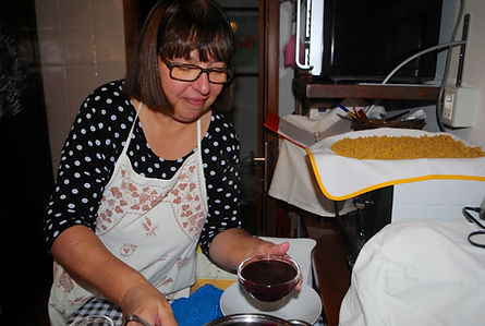Nicoletta preparing the Sugoli con Mosto D'Uva aka Grape Must Pudding