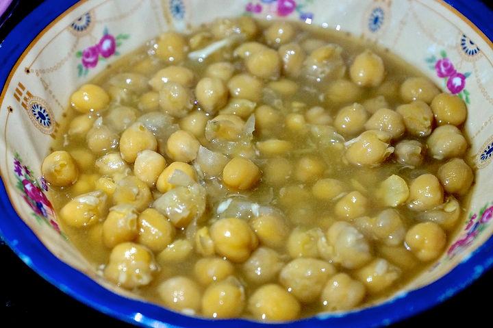 cooked chickpeas, foule recipe, lebanese recipes, lebanon