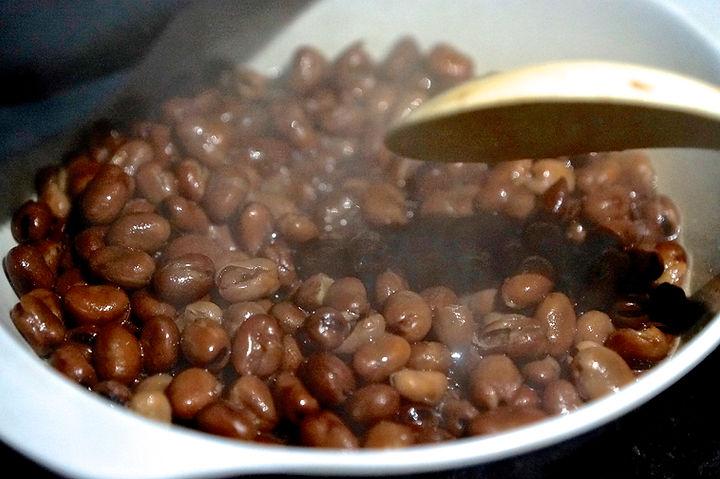 boiled fava beans, foule recipe, lebanese recipes, lebanon