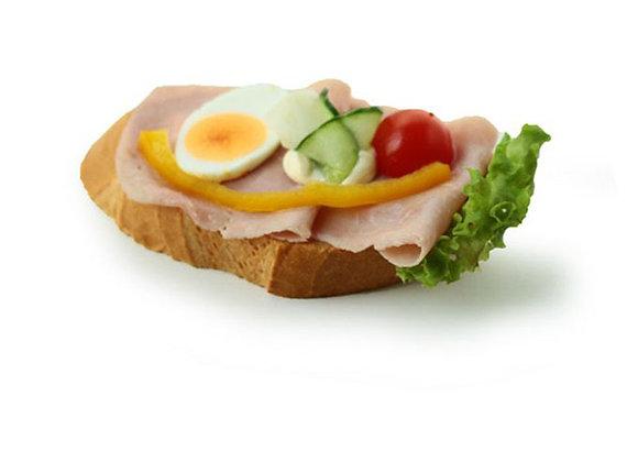 Belegtes Sandwich mit Schinken