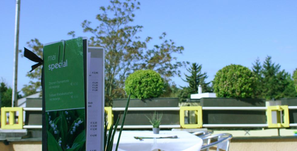 Unsere Terrasse im Hotel Garni