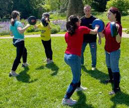 Cours semi-privés de self défense ADOS les mercredis Public : 12-16 ans