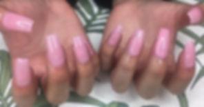Pink is always in season 💞 _#pinknails