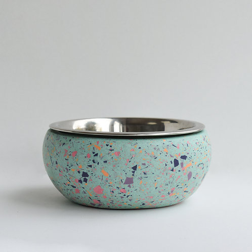 The Sweetpea dog bowl