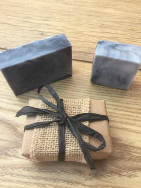 Charcoal & Neem Shampoo Bar