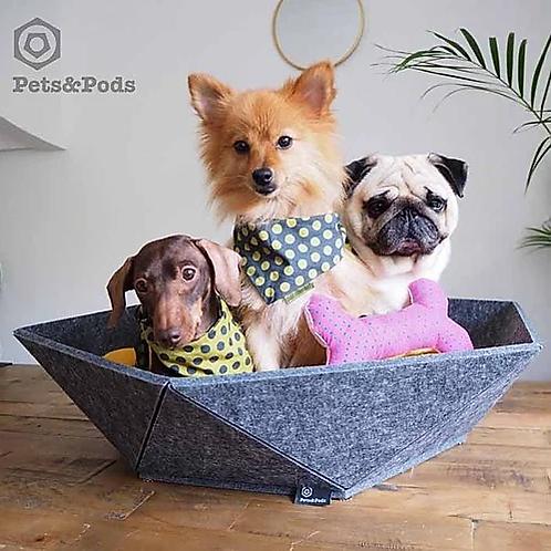"""""""Atomo"""" Petite dog bed"""