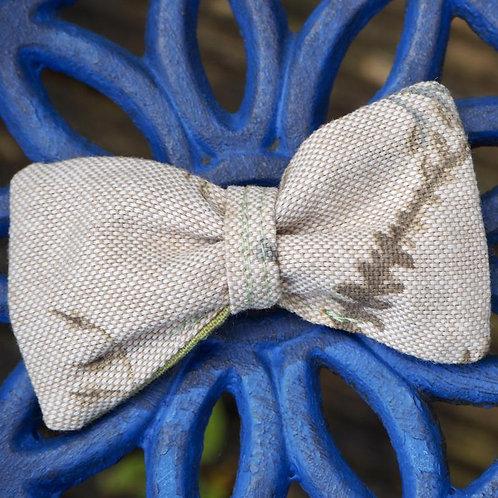 """""""Fern"""" dog bow tie"""