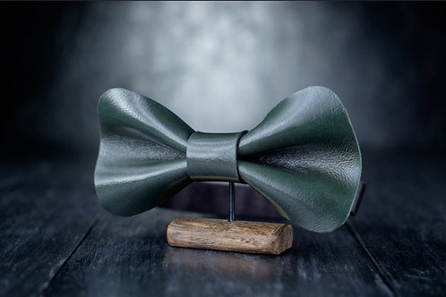 Xmas Emerald Leather Bow Tie
