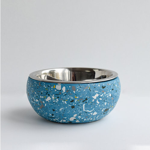 The Forget-Me-Not dog bowl.