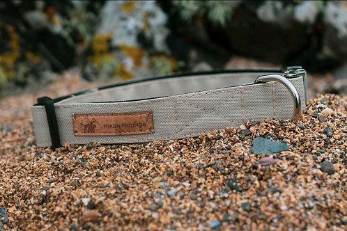 Sand canvas collar