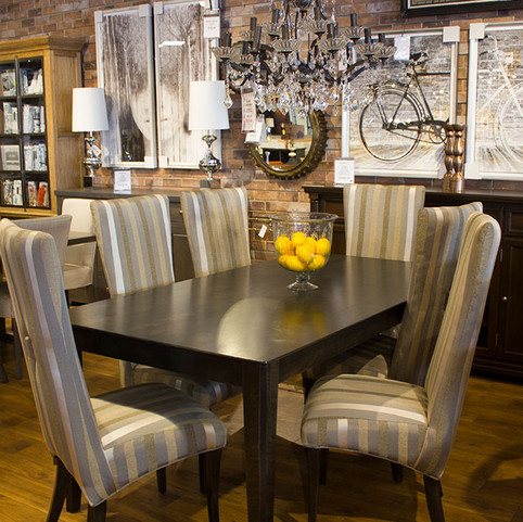 Striped chairs Dining Set