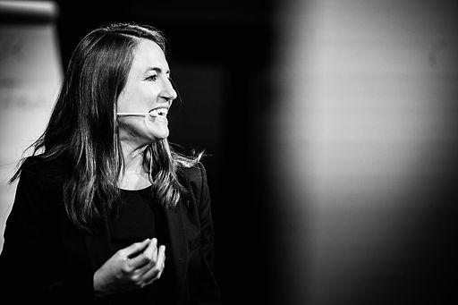 Gabriele Werstler als Speakerin