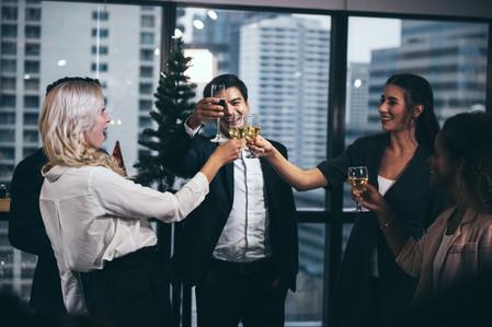 business-people-party-celebration-success-concept-SVRV29R.jpg
