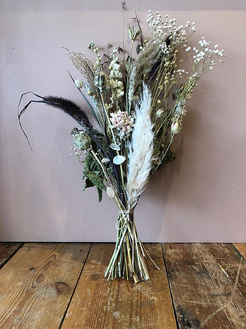 British Dried Bouquet - Dark and Stormy