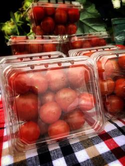 cherry tomatoes img