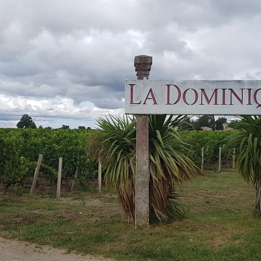 Dans le style de la légende de l'île de la Dominique