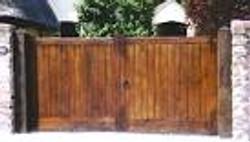 Large Gate