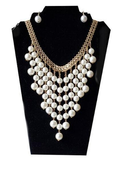 Multi-rows Pearl Bib Necklace