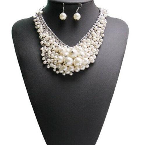 Chunky Pearl Necklace Set-AKA Greek