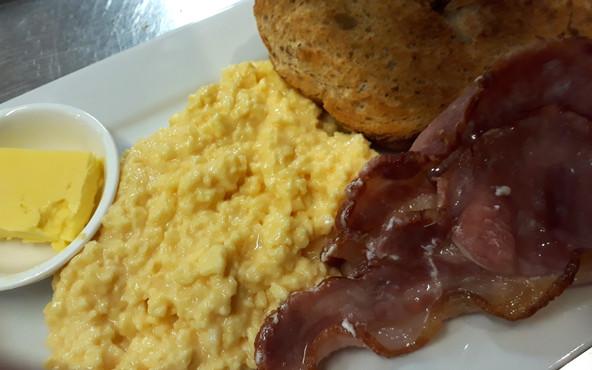 Scrambled egg, bacon, toast