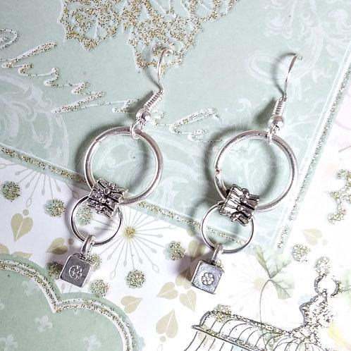 Loops & Cubes Earrings