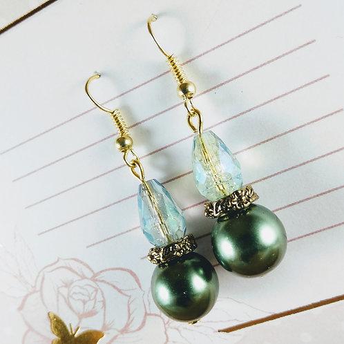 Green Pearl Crystal Gold Earrings