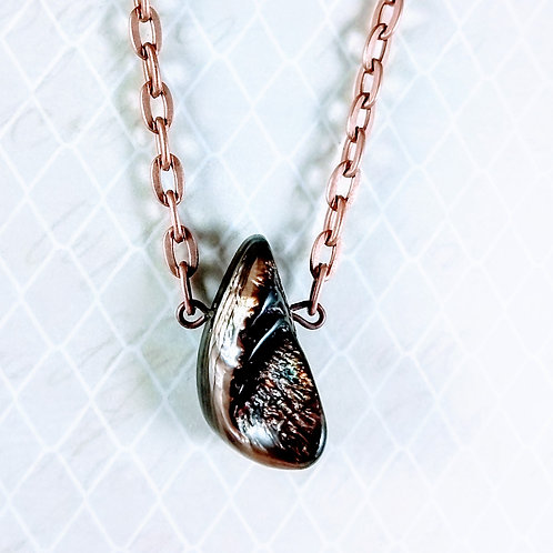 Brown Mother of Pearl Copper Necklace