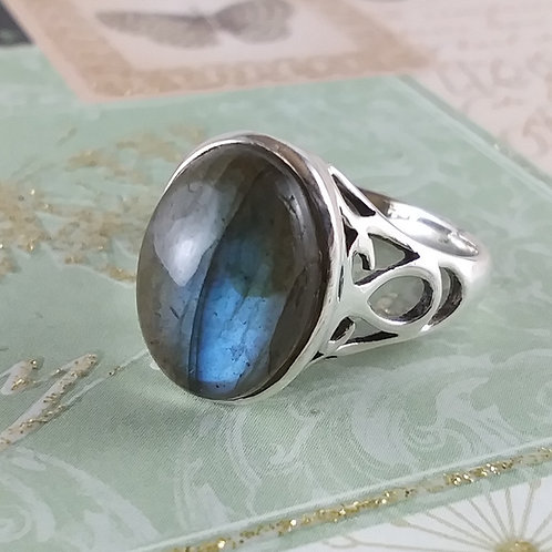 Blue Green Labradorite Sterling Ring