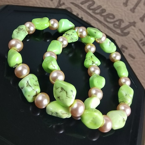 Lime turquoise & pearl bracelet