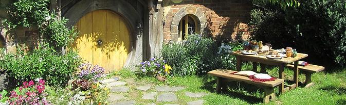 Hobbiton. Visit The Shire and the Green Dragon Inn