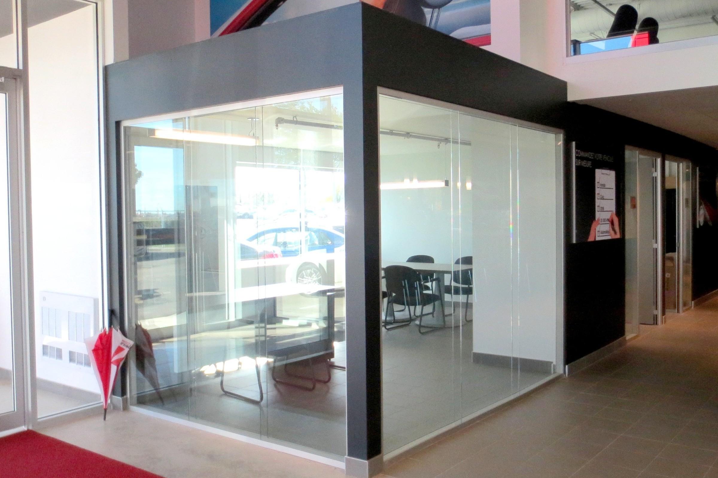 Salle_réunion_concessionaire_auto_,_type_Classic