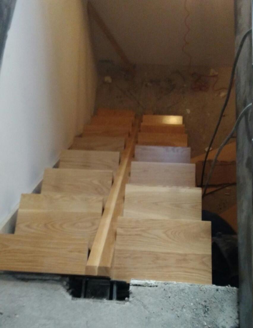 Escalera de madera original