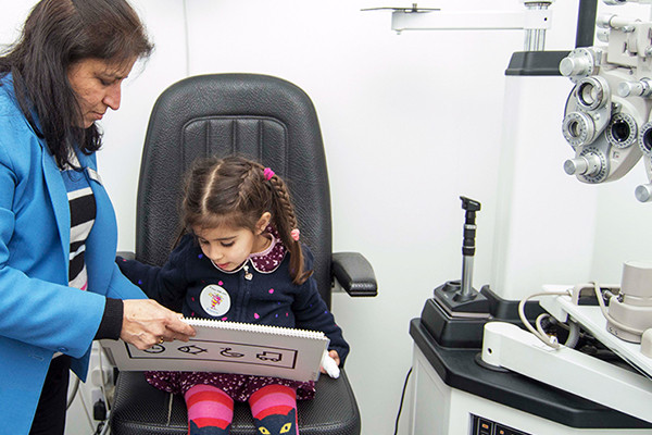Free NHS eye tests for home-schooled children in Hounslow London 02