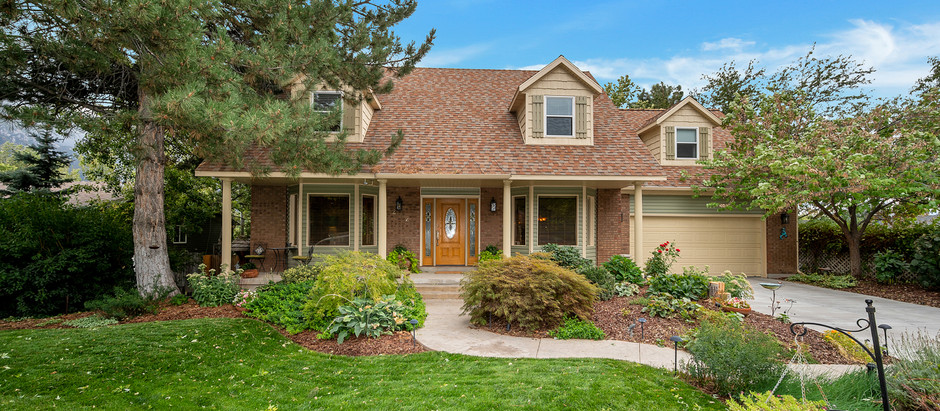Under Contract, Sandy 2-Story - $759,000