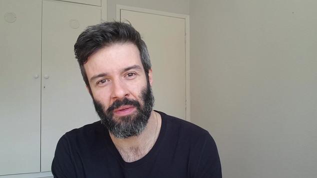 Gustavo Vaz - Monólogo Inglês
