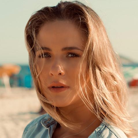 Luiza Valdetaro