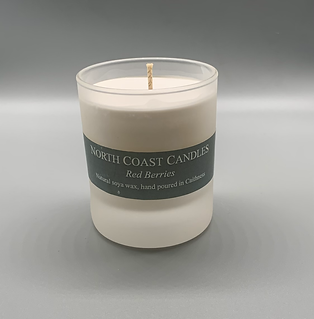 Red Berries soya wax candle