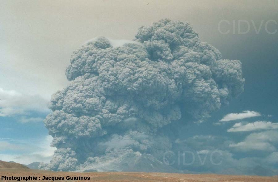 Erupción Volcán Láscar - Abril 1993