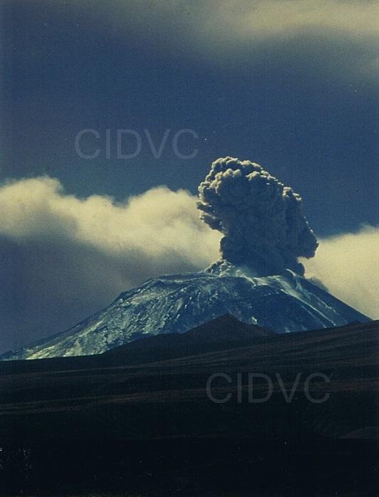 Erupción Volcán Láscar - Julio 2000