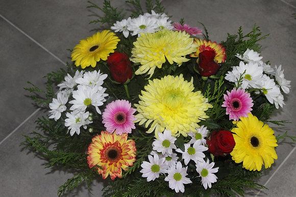 Coupe de fleurs variées