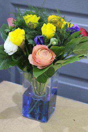 Bouquet printanier dans son vase