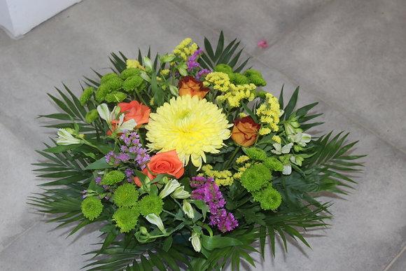 Coupe de fleurs dominante vert et jaune