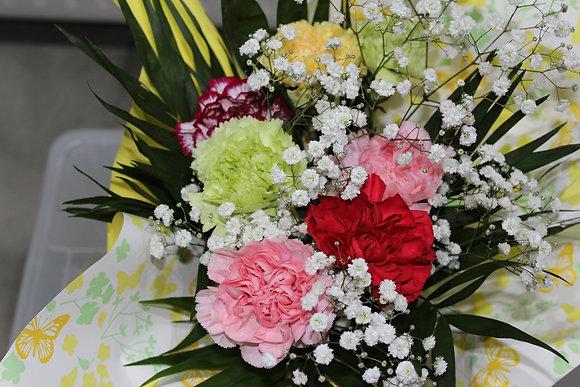 Bouquet oeillets variés