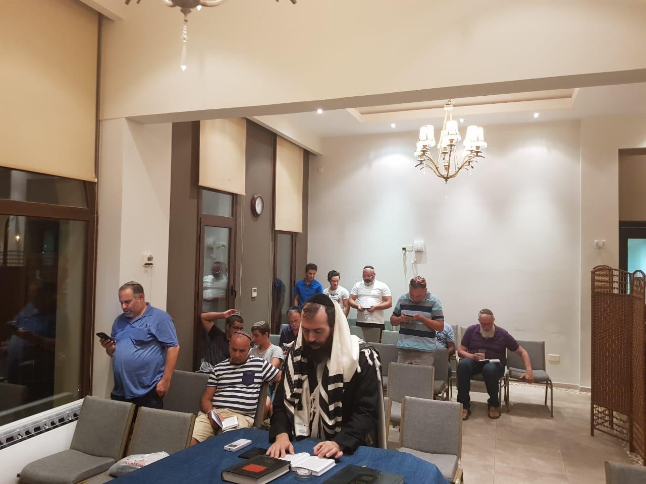 rabbi paphos prayer.jpg