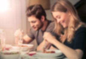 couple_eating_dinner.jpg.653x0_q80_crop-